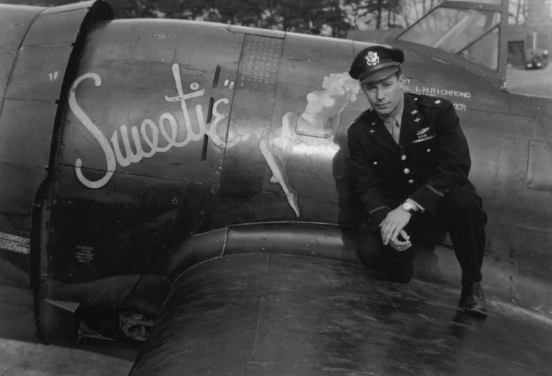 Pilot Lieutenant-Colonel Luther H. Richmond with his aircraft, P-47 Thunderbolt (PZ-R, serial number 42-8412), named
