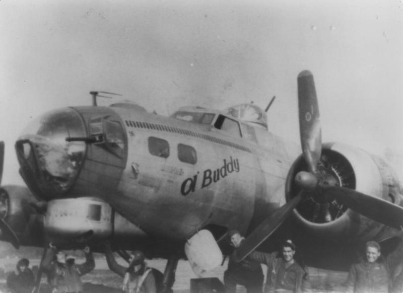 A B-17 Flying Fortress (serial number 44-8309) nicknamed