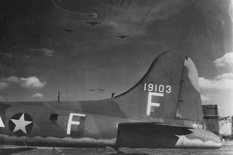 B-17E serial number 41-9103 of the 91st Bomb Group. Note RAF style camouflage, characteristic of many B-17Es in the 8th AF). This aircraft had previously served with the 97th Bomb Group from 11 April 1942, it then transferred to the 92nd Bomb Group when the 9th departed for the Mediterranean Theatre in August 1942, before joining the 91st Bomb Group in March 1943.