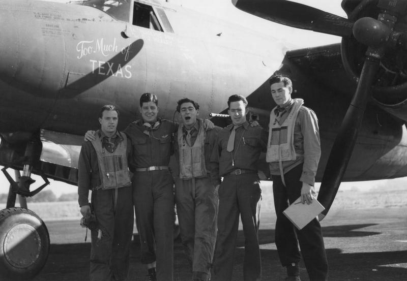 A bomber crew of the 322nd Bomb Group with their B-26 Marauder (serial number 41-17985) nicknamed