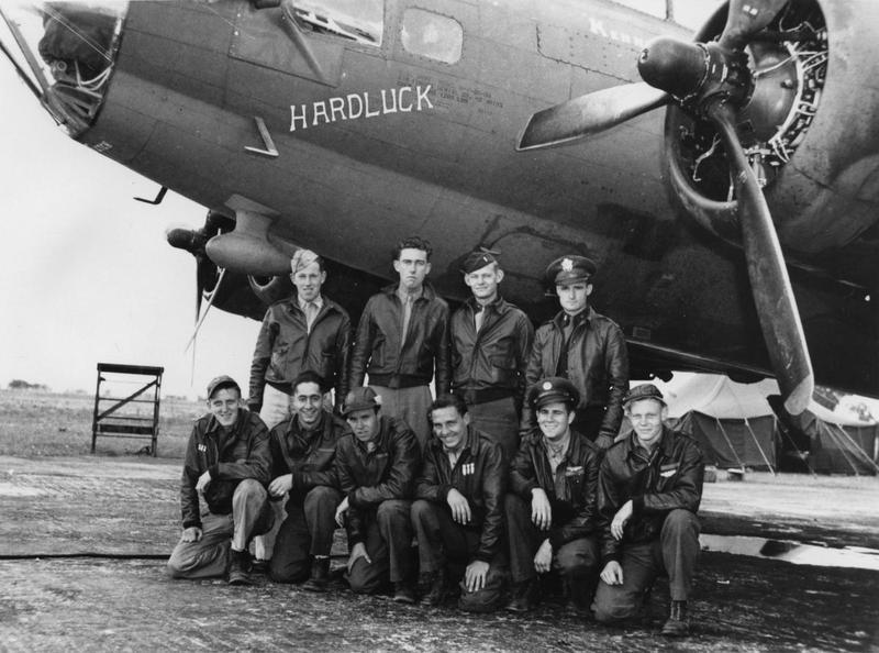 A bomber crew of the 388th Bomb Group with their B-17 Flying Fortress (serial number 42-30193) nicknamed