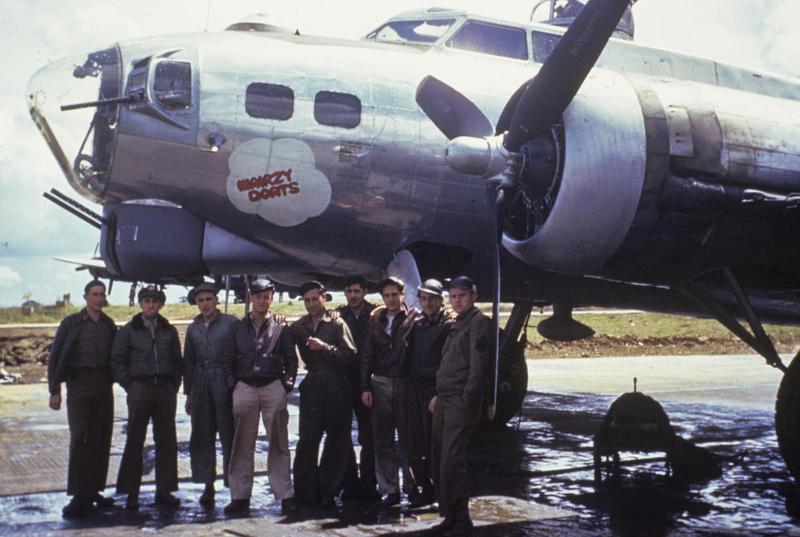 A bomber crew and ground crew of the 379th Bomb Group with their B-17 Flying Fortress (FR-G, serial number 42-107146) nicknamed
