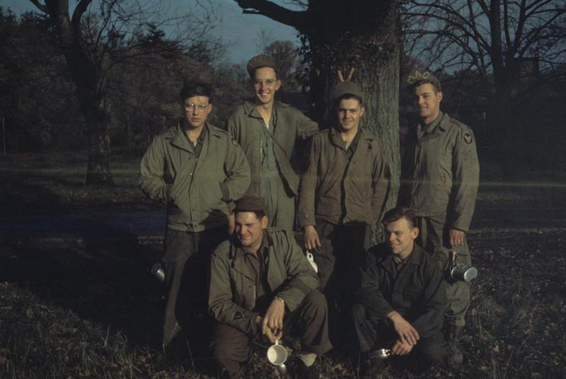 Personnel of the 846th Bomb Squadron, 489th Bomb Group. Image via Robert Buck. Written on slide casing: '846th personnel.'