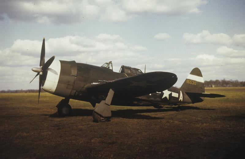 A P-47 Thunderbolt (VM-A, serial number 41-6530) of the 495th Fighter Training Group. Image by Robert Astrella. Written on slide casing: '496 FTG [sic], Atcham.'