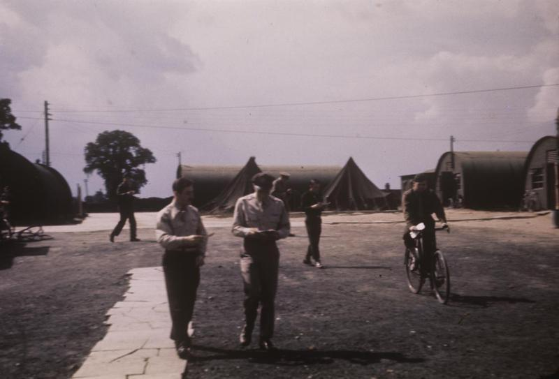 Personnel of the 344th Bomb Group at Stansted-Mountfitchet.