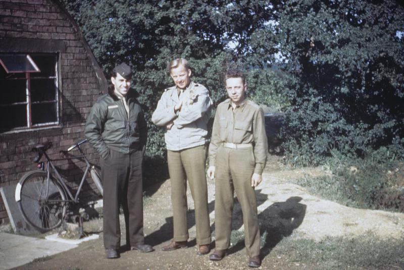 Lieutenant George Kammermeyer of the 344th Bomb Group with two colleagues, outside a Nissen Hut. Image via George Kammermeyer.