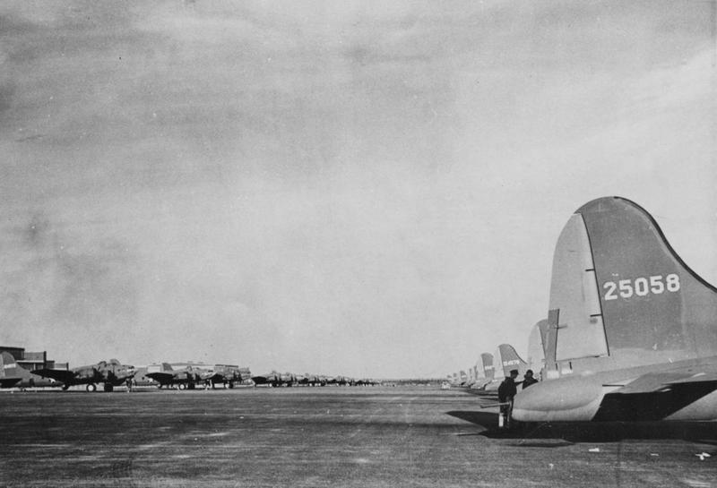 B-17 Flying Fortresses lined up in Newfoundland before travelling to the European Theatre of Operations. B-17 (serial number 42-5058) nicknamed