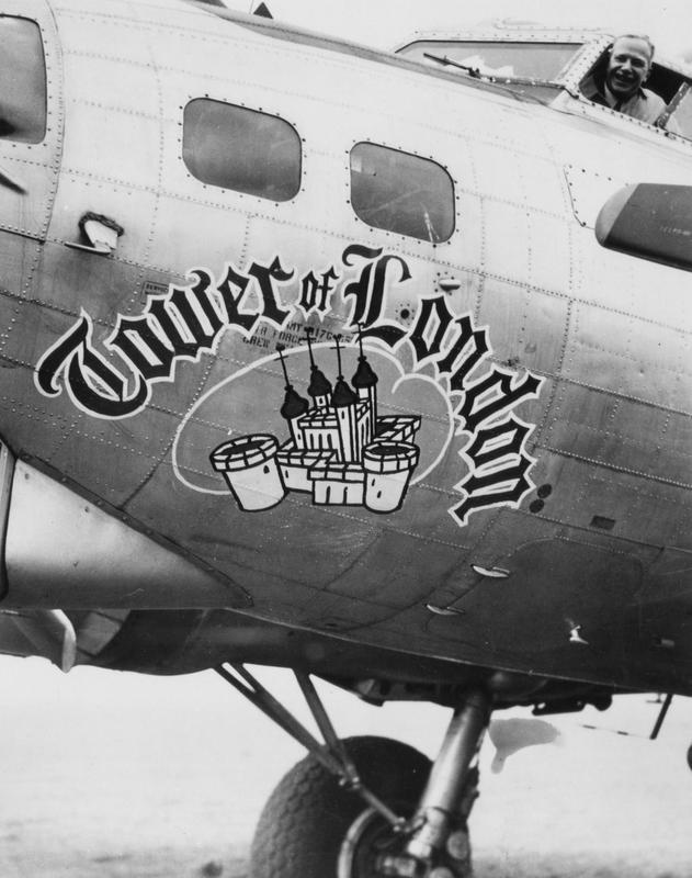The nose art of B-17G serial 44-8471
