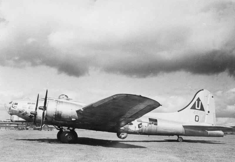 A 749th Bomb Squadron, 457th Bomb Group B-17 Flying Fortress ('O', serial number 44-6111) nicknamed