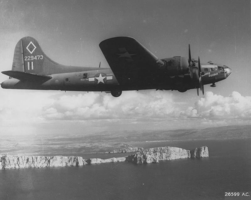 A B-17 Flying Fortress (serial number 42-29473) nicknamed