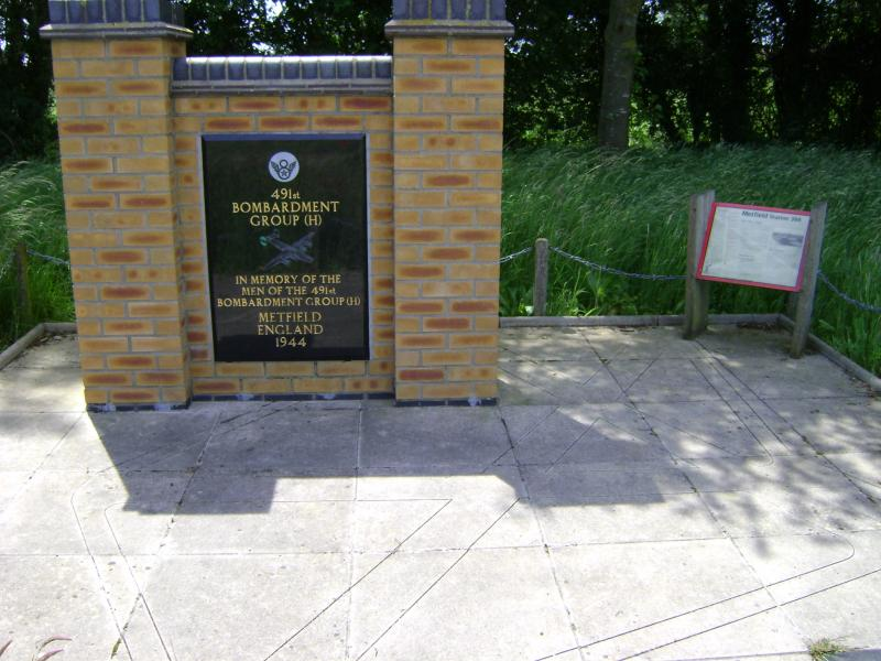 491st Memorial at the SW Corner of the Metfield Airfield.