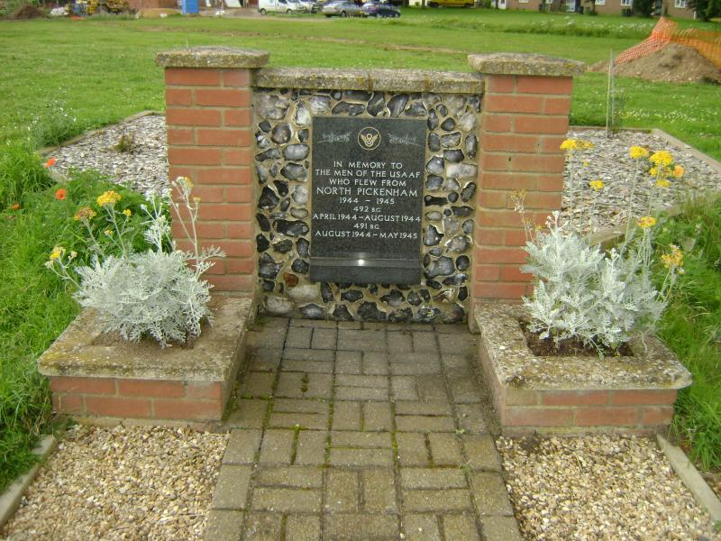 Memorial at the entrance of the old Mess site, North Pickenham.