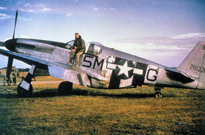 North American P-51C-5-NT Mustang (F-6C) Serial 42-1033?? of the 15th TRS at St. Dizler Airfield (ALG A-64), France, Autumn 1944.