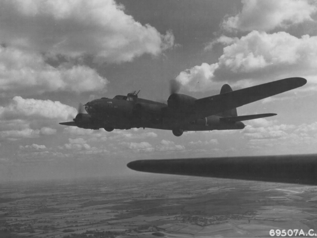 Official USAAF photo caption :