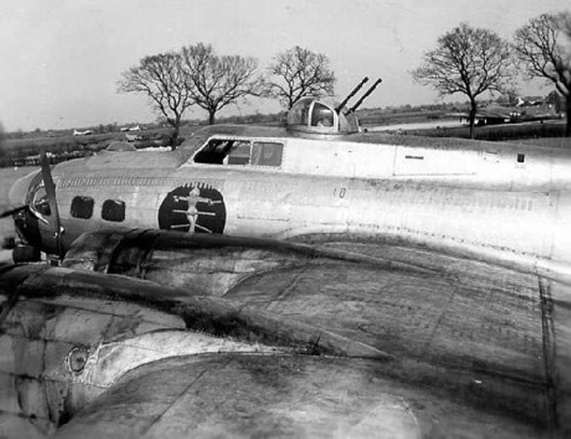 Flying Fortress B-17G 42-97257 'Knock-Out Baby!' 412th BS, 95th BG, 8AF USAAF.