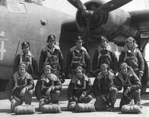 The Orville Brewer crew at Mc Cock Army Airfield, Red Willow County, Nebraska, 10 April 1944.  Standing, from left to right : Wilfred N. Hansen, Navigator ; Lothrop Caldwell, Co-Pilot ; Orville H. Brewer, Pilot; Coleman C. Duncan, Bombardier; Walter Kuchinos, Engineer. Front, row, left to right : Herman Cohen, Nose Gunner; Charles P. Dye, Ball Turret Gunner; Francis M. Nine, Tail Gunner; Donnell F. Miller, Radio Operator; William Wilson, Right Waist Gunner. ( Photo from http://www.493bgdebach.co.uk )