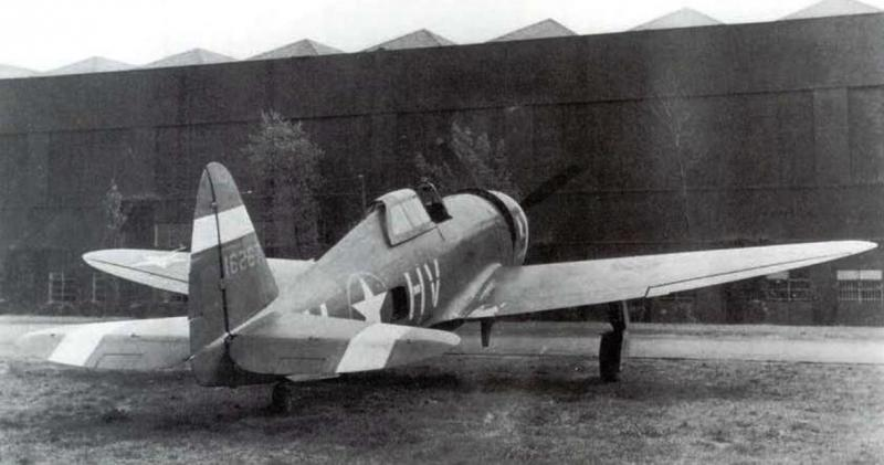P-47C 41-6267 parked at Duxford on short detachment from 61FS 56FG 8AF to aid 78FG transition to the Jug.