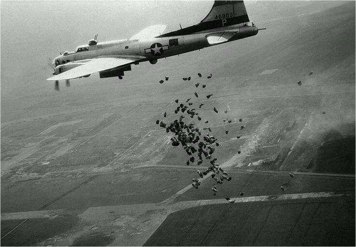 Dropping food parcels to Dutch civilians during operation chowhound