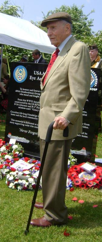 Si Spiegel at the dedication of the 490th Bomb Group Memorial, 29 May 2016