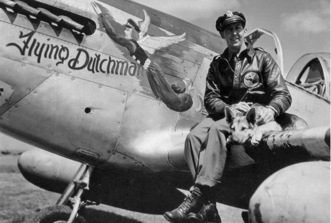 Capt Neil Van Wyk and 'Colonel' 4th FG