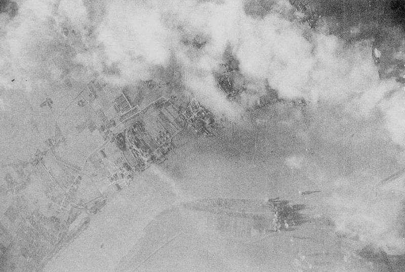 8th Air Force mission 648; September 26, 1944; Einswarden, Germany. 447th Bomb Group strike photo