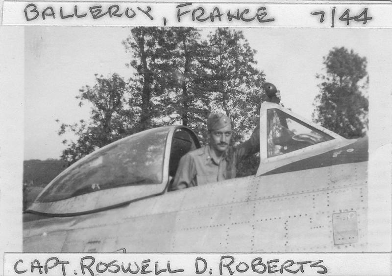 Captain Roswell D. Roberts Fighter Pilot 365th FG - 388th FS - 9th AF