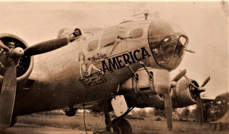 Lt. Elvey Ely of the 385th BG 548 BS and a member of the Jerry Stalcup crew posing in Maiden America,