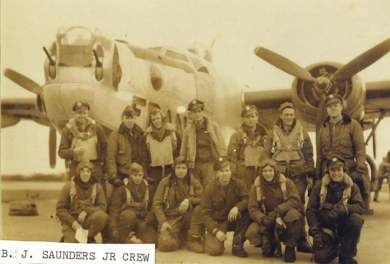 Crew # 749/476 Bradley J. Saunders Crew 466th BG - 787th & 784th Bomb Squadrons Flew 17 missions with the 787th BS then after training as a lead crew, flew 15 more mission as a lead crew with the 784th BS B-24L-10-FO #44-49582